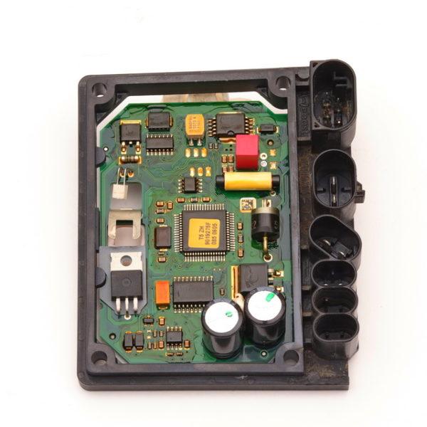 Блок управления VW T5 рестайл (Amarok 1) догрев плата 9275